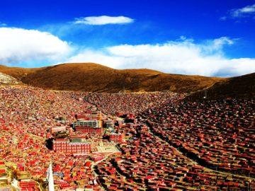 larung-gar-buddhist-academy-768